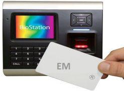 Máy chấm công kiểm soát cửa, vân tay và thẻ SUPREMA BioStation BSR-OC