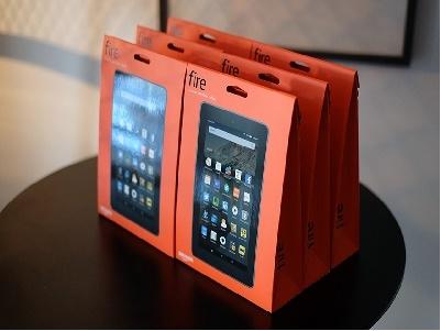 """Amazon bán tablet xịn """"theo cân"""", chỉ 5 triệu đồng cho 6 cái"""