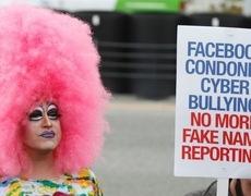Người dùng Facebook ở Đức được phép dùng tên giả, Mark Zuckerberg cũng phải bó tay