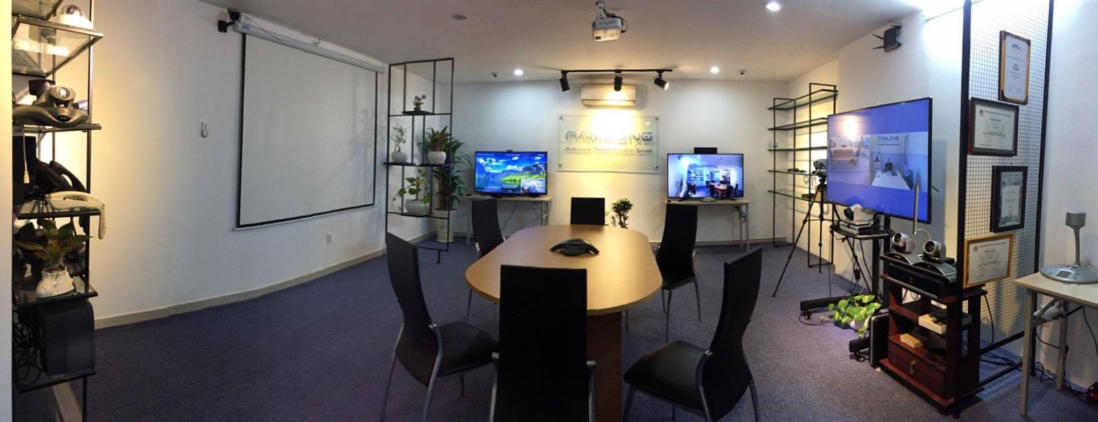 showroom polycom Việt Nam