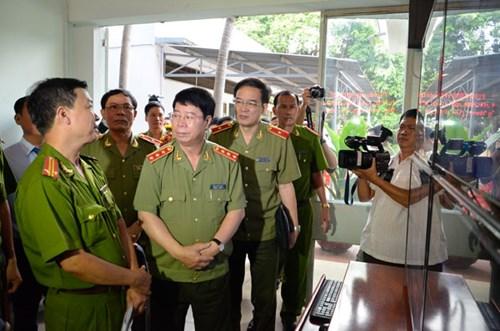 Thượng tướng Nam khảo sát mô hình camera an ninh tại P.12, Gò Vấp