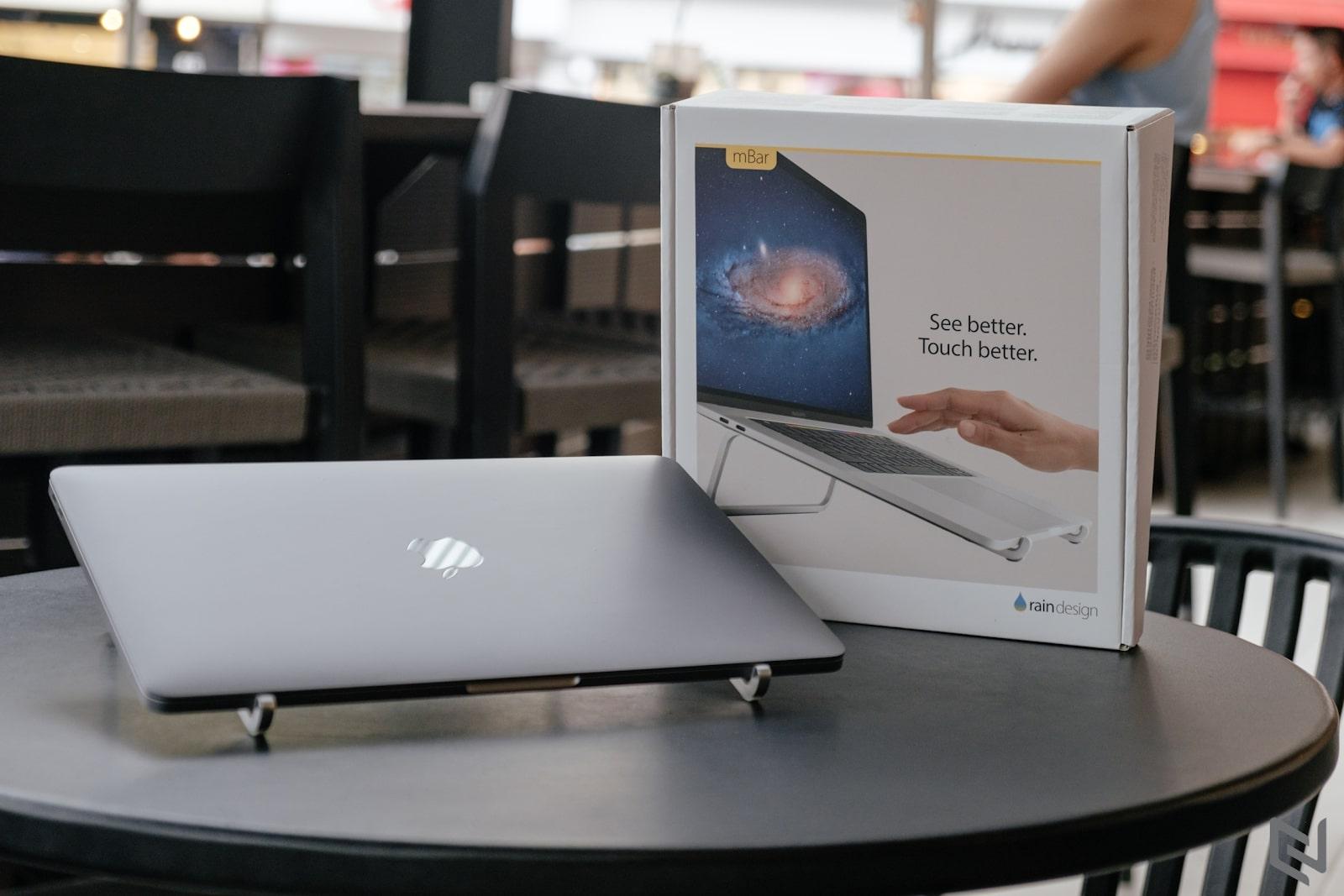 đế tản nhiệt macbook