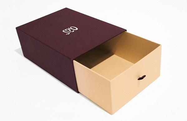 Hộp giấy đựng giày kiểu trượt