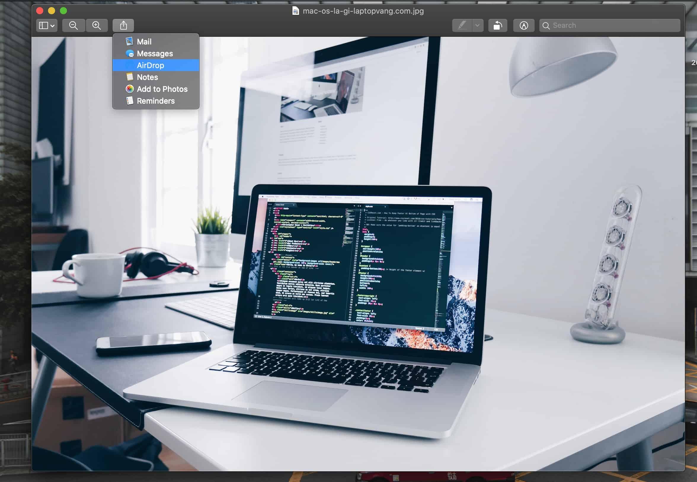 Chia sẻ nội dung AirDrop từ MacBook của bạn