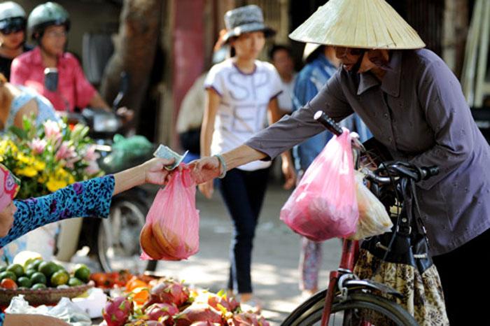Những chiếc túi nilon từ lâu đã quá quen thuộc trong cuộc sống thường ngày